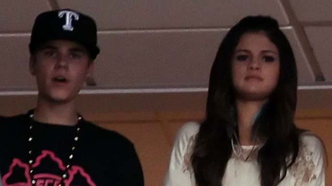 Selena Gomez and Justin Bieber Second Split.JPG