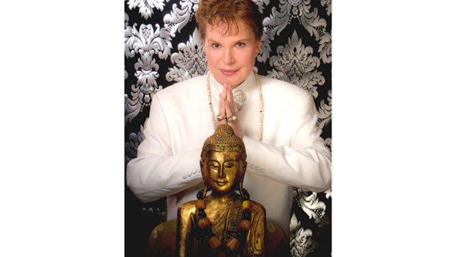 Walter Mercado Color.jpg