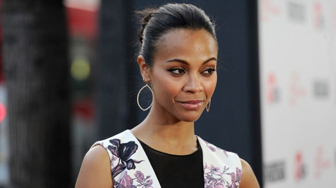 Zoe Saldana Splits from Fiance.JPG