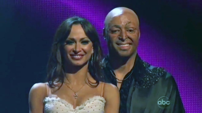 dancing with the stars J.R. Martinez 2.jpg