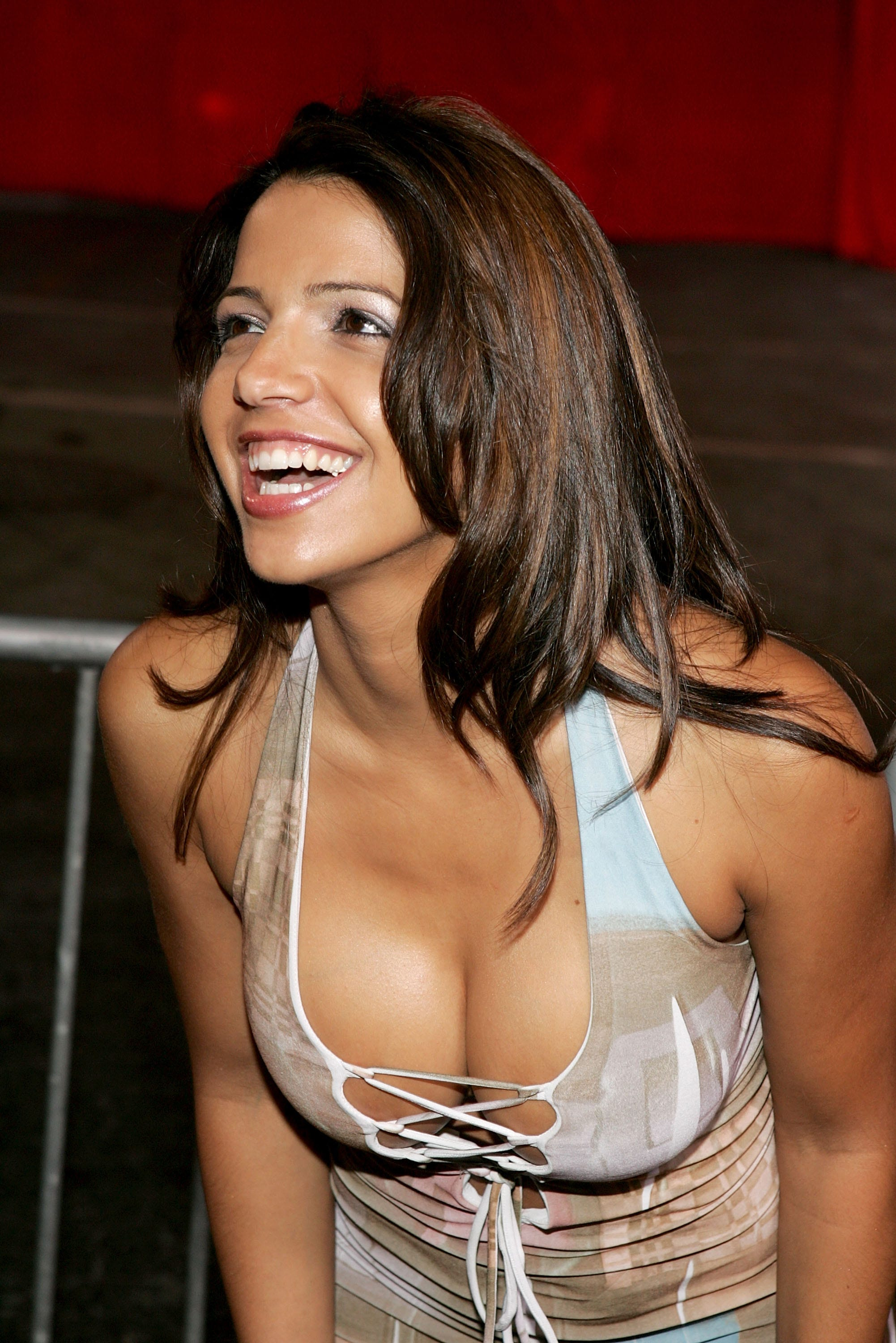 Vida guerra tiger body paint are