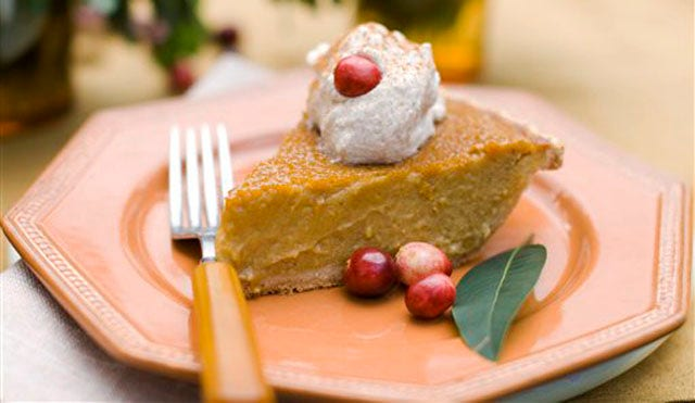 Halloween Recipe: Maple Pumpkin Pie with Cinnamon-maple Whipped Cream ...