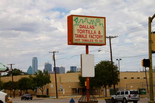 oak cliff latino