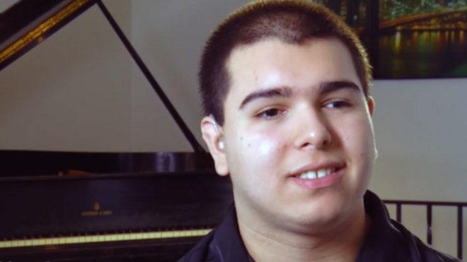 Yerko_pianist.jpg