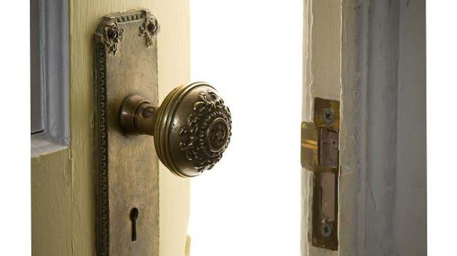 door open horizontal crop FNL