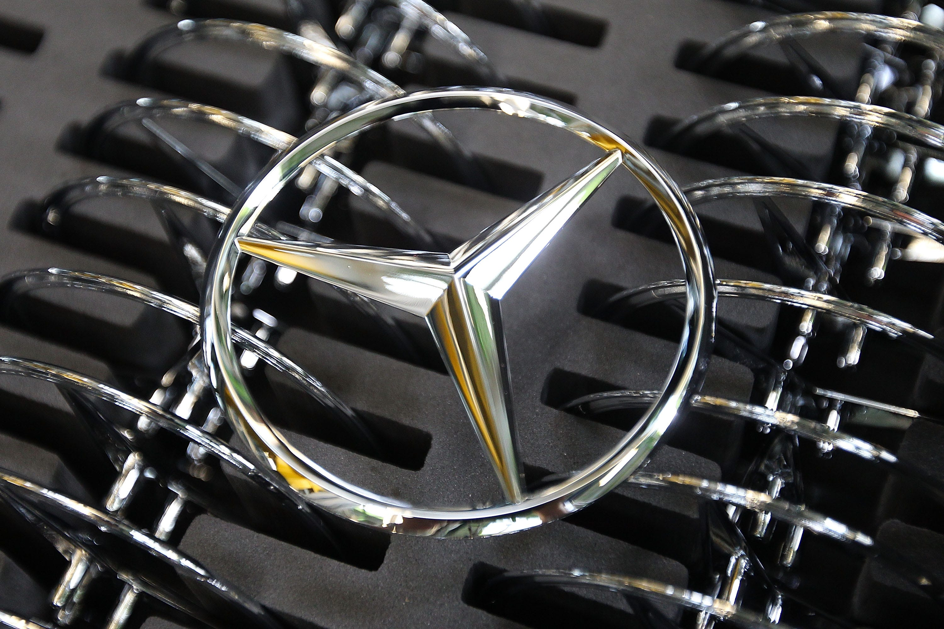 Daimler in court over claims of involvement in argentina 39 s for Mercedes benz argentina