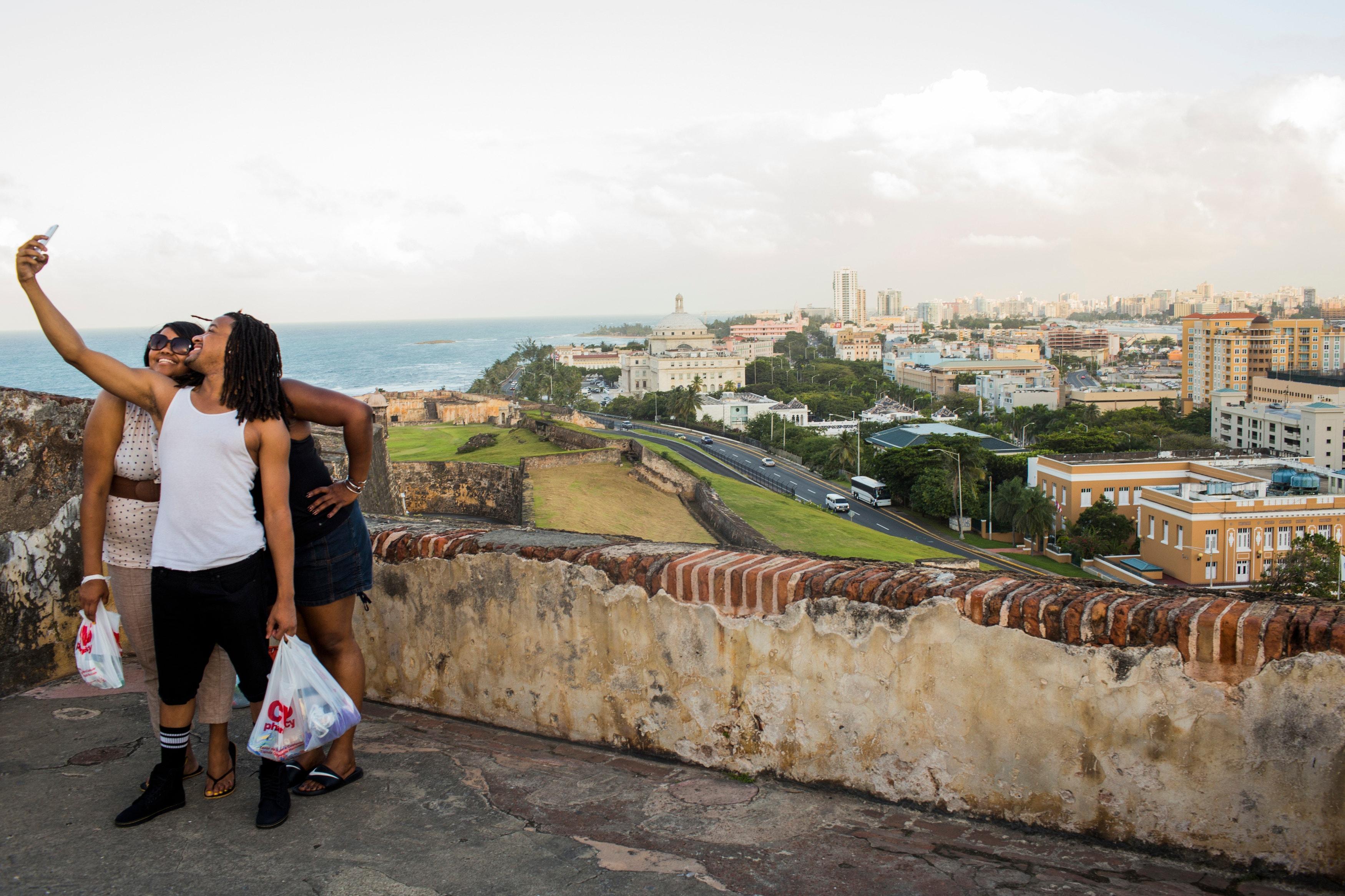 Casas Reposeidas Banca Oriental:San Juan Puerto Rico