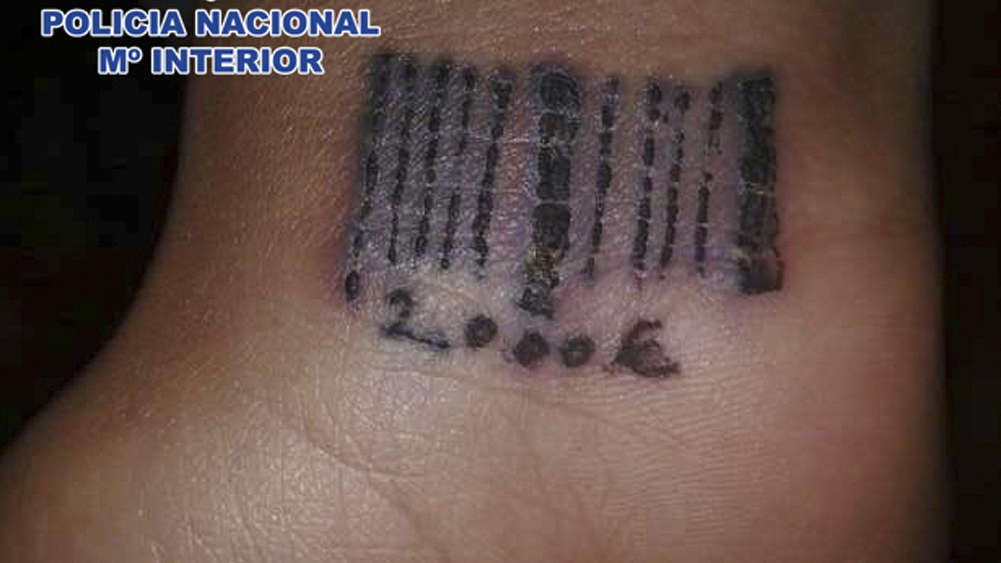Татуировки в интимных местах у мужчин 17 фотография