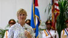 U.S. endurance swimmer Diana Nyad received Cuba's Order of Sporting Merit award after becoming the first person confirmed to have swum from Havana to Key West without a shark cage.