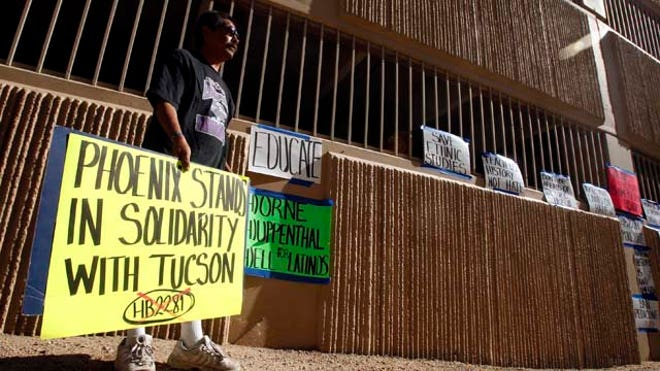Arizona-Ethnic-Studies-4-LATINO