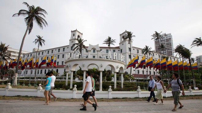 Colombia-hotel-art.jpg