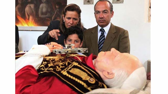 Felipe-Calderon-Pope-FNL
