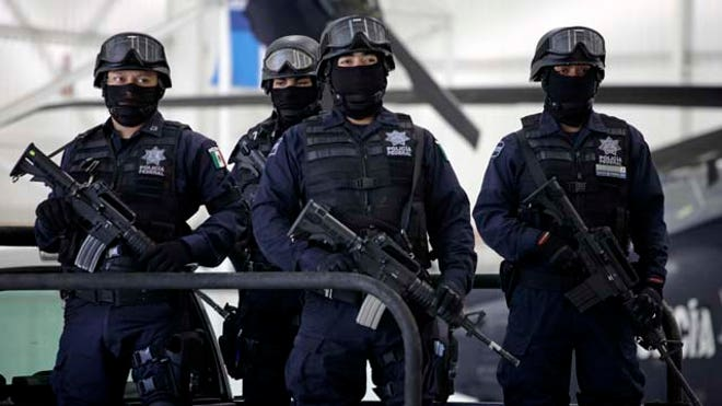 La-Familia-Arrest-LATINO