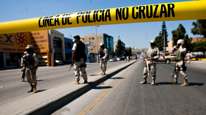 Mexico-Tijuana-Mayor-Weapons