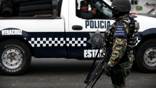 Mexico_Police_Disband_Vros.jpg