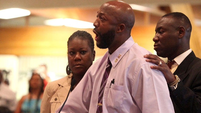 Trayvon Martin Parents 4.jpg