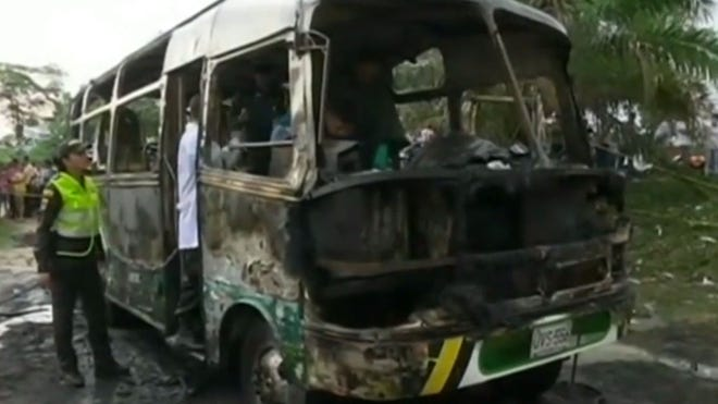 colombia bus fire.jpg