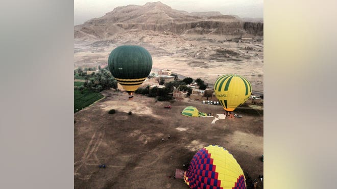 hot air balloon1.jpg