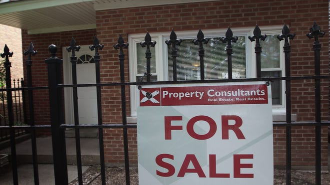 house_sale_sign.jpg