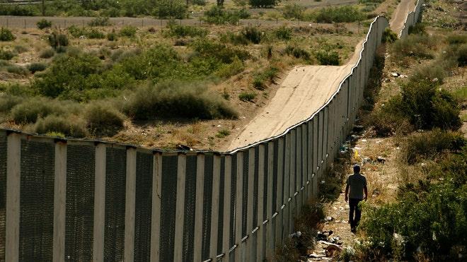 juarez-border_art.jpg