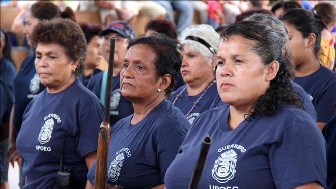 mexicowomen.jpg