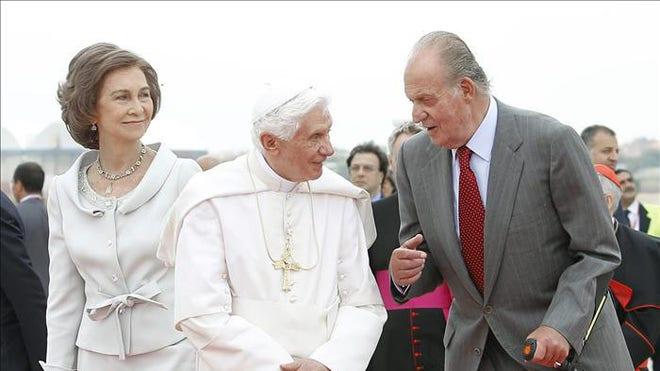 pope_reyes_spain2.jpg