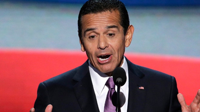 Democratic Convention Villaraigosa.jpg