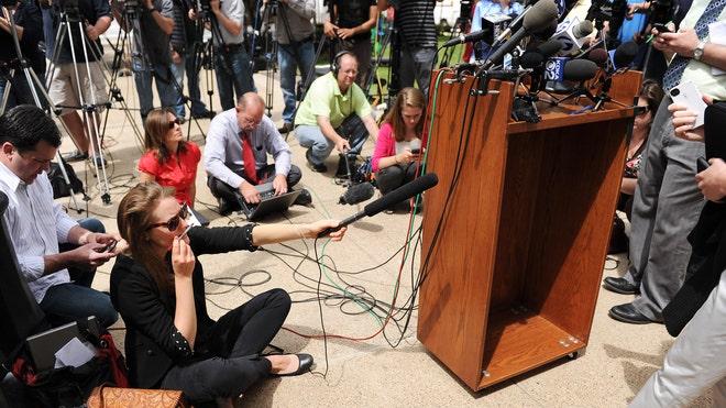 journalists.jpg