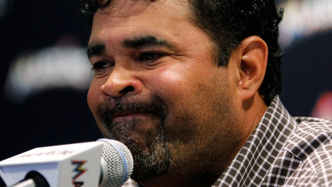 Ozzie Guillen Marlins.jpg