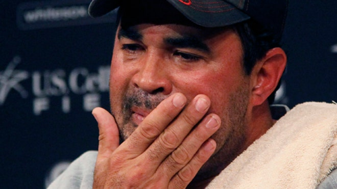 Ozzie Guillen White Sox 2.jpg