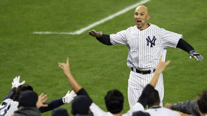 Raul Ibanez Walk-off.jpg