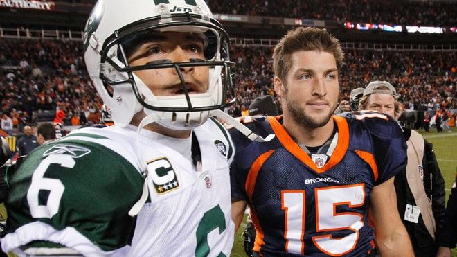 Tebow and Mark Sanchez.jpg