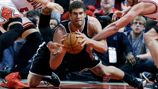 brook lopez bulls.jpg