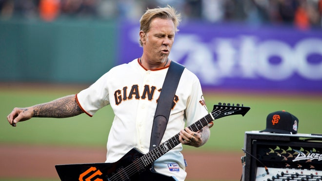 hetfield metallica giants.jpg