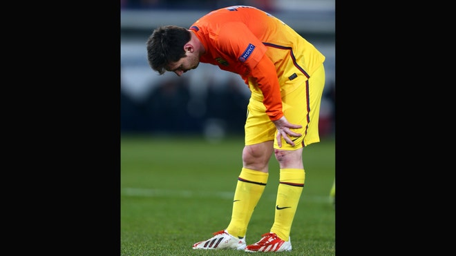 messi leg injury.jpg
