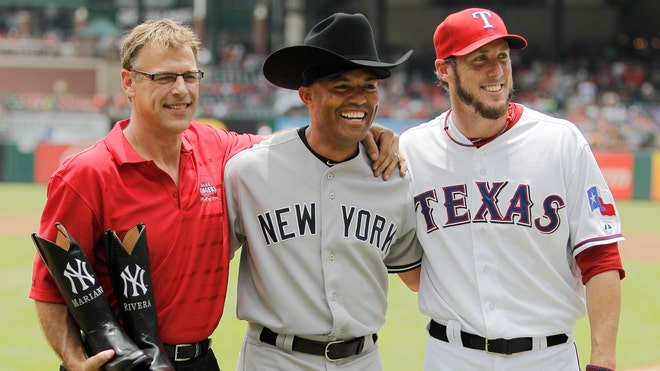 rivera hat rangers