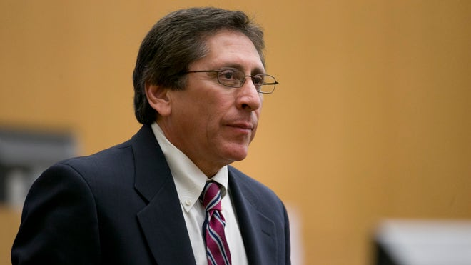 Testimony resumes in Jodi Arias murder trial as defense works to