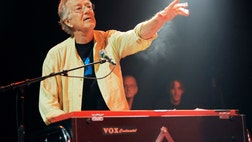 Ray Manzarek, a founding member of the s rock group The Doors whose versatile and often haunting keyboards complemented Jim Morrison's gloomy baritone and helped set the mood for some of rock's most enduring songs, has died.