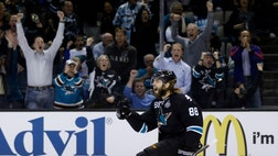 The San Jose Sharks barely held off the Los Angeles Kings at the end for a second straight home win.