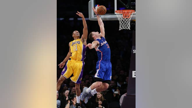CLIPPERS_LAKERS__SPANLAS101-1.jpg