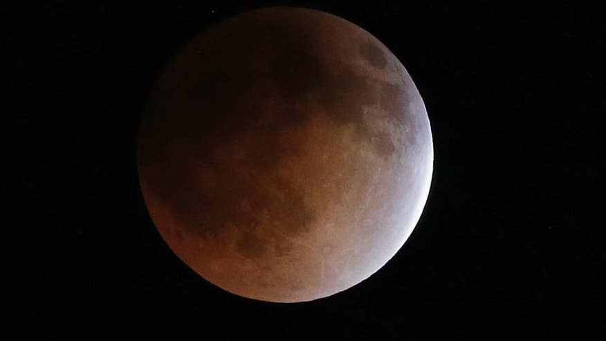Second total lunar eclipse of year coming up Wednesday, North America gets prime viewing