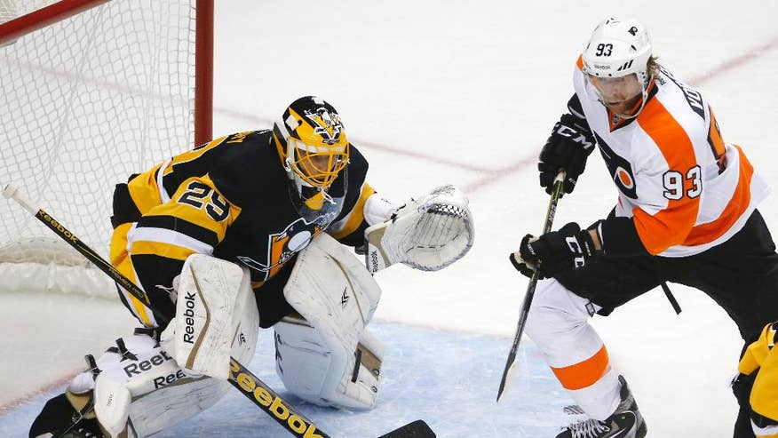 Rj Umberger Matt Read Score 2 Minutes Apart In 3rd Flyers Beat Penguin...