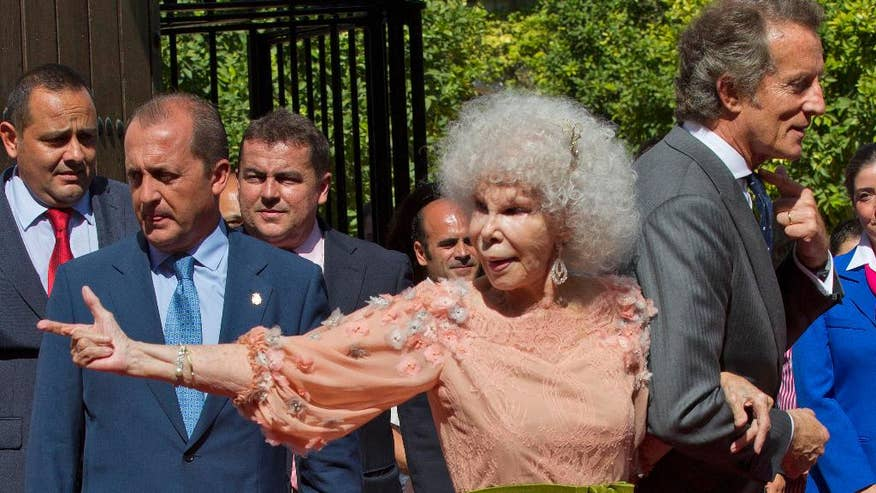Spain Obit Duchess of Alba-1.jpg