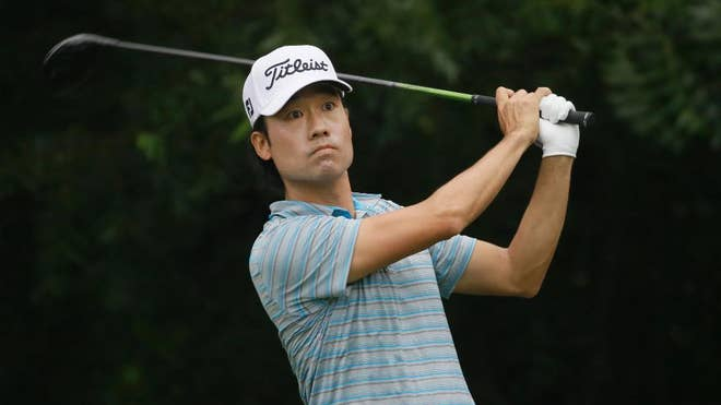 Kevin Na regained sole possession of the lead with a late birdie Saturday at Colonial, taking a one-stroke lead over Ian Poulter into the final round.