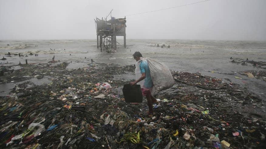 APTOPIX Philippines Typhoon-1.jpg