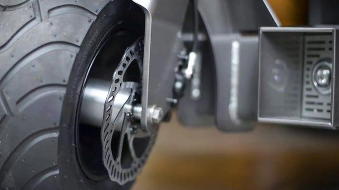works-electric-rover-brake-macro