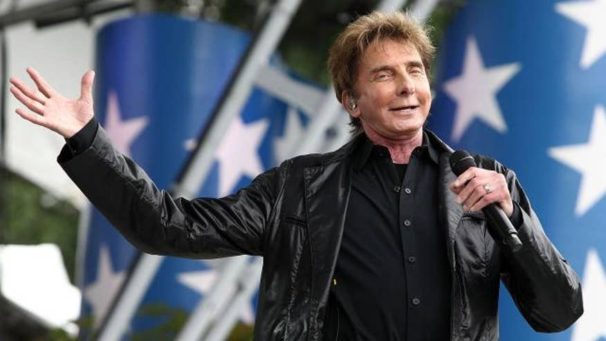 1280_barry_manilow_479387626_ren640