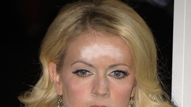 melissa-joan-hart-makeup-malf-ftr-2