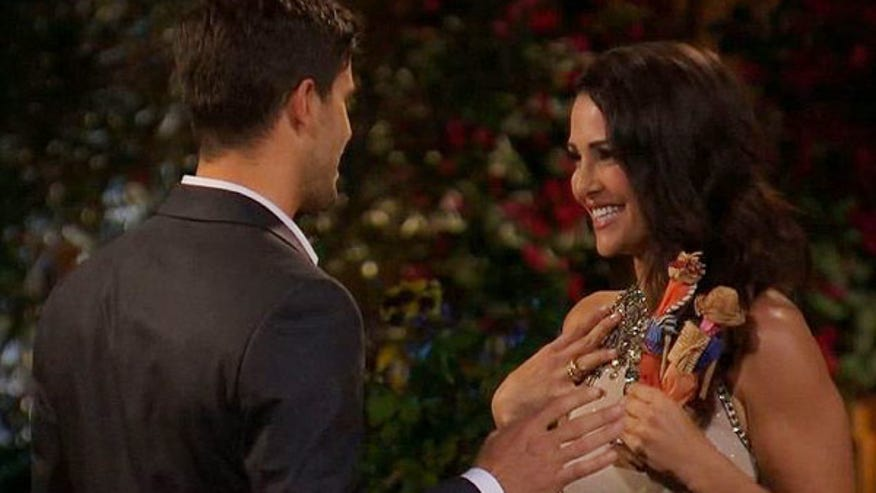eric-hill-andi-dorfman-the-bachelorette-ftr