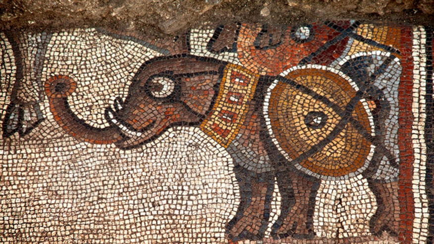 elephant-mosaic-huqoq